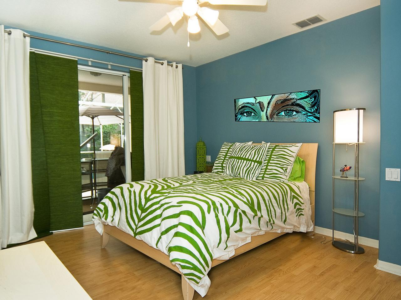 Sassy and sophisticated teen and tween bedroom ideas Modern bedroom ideas for girls
