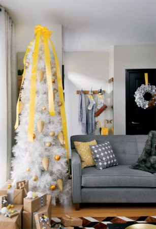 Simple Christmas alternative decorating