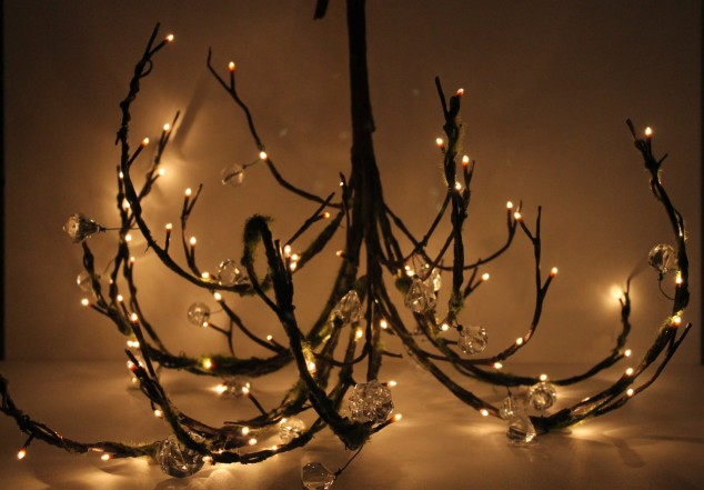 stunning DIY chandelier made with tree branch
