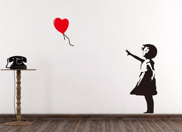 wall sticker banksy, girl with heart-balloon