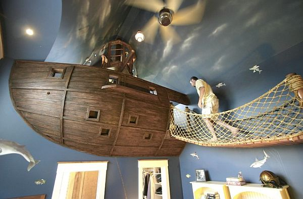 Pirate bedroom with floating pirate ship and bridge (lamausa).