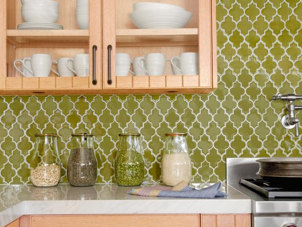 Lime green Moroccan backsplash (hgtv).