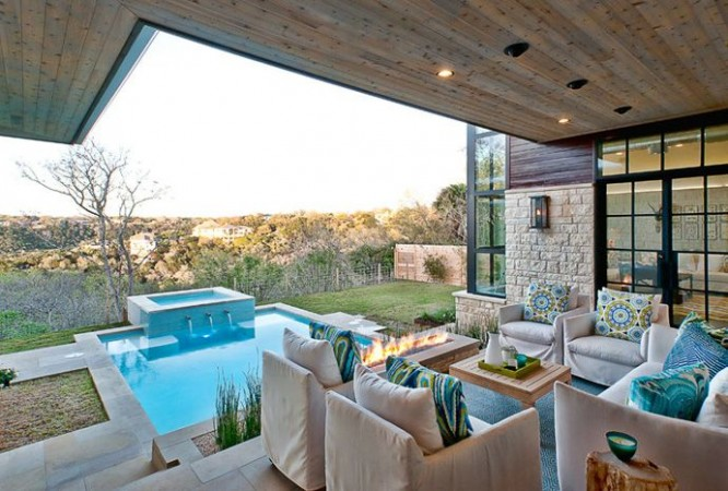 Beautiful luxury indoor/outdoor living space