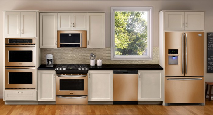 Mixing White And Stainless Kitchen Appliances