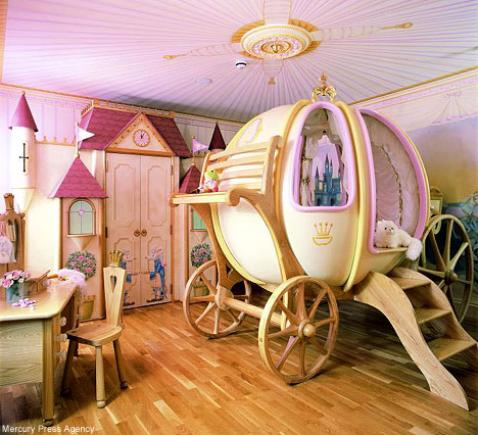 "Cinderella themed bedroom, all the way down to the ""pumpkin"" carriage (smoothfm)."