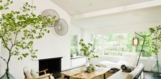 Modern living room with houseplants (interiorgardens)