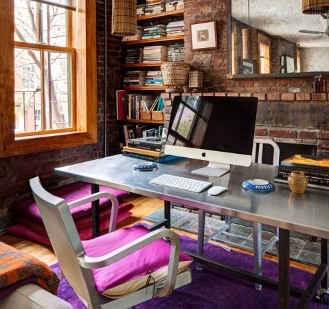 Industrial home office design - Stylish purple office accessories