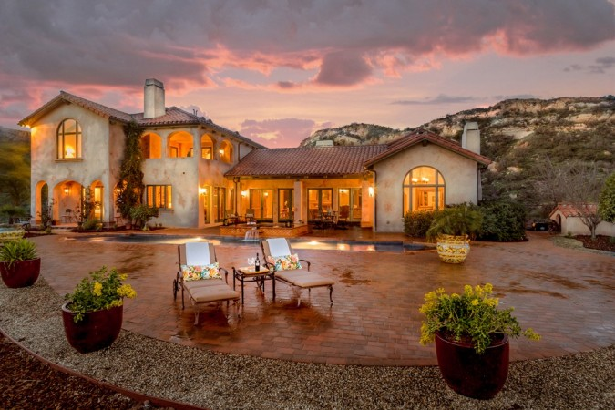 Tuscan outdoor living