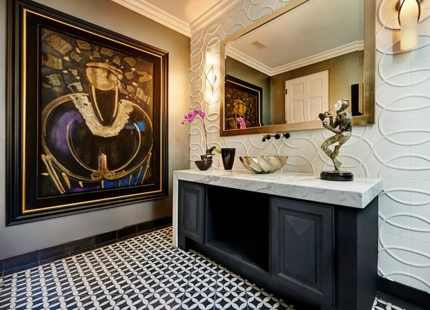 Decorative touches to the luxury bathroom
