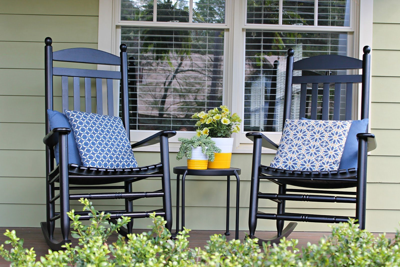 Rocking Chair Front Porch Design Ideas | MyCoffeepot.Org