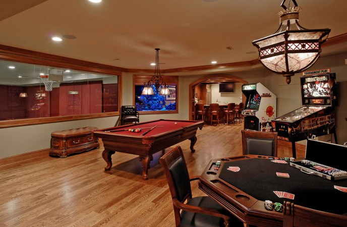 Luxurious game room