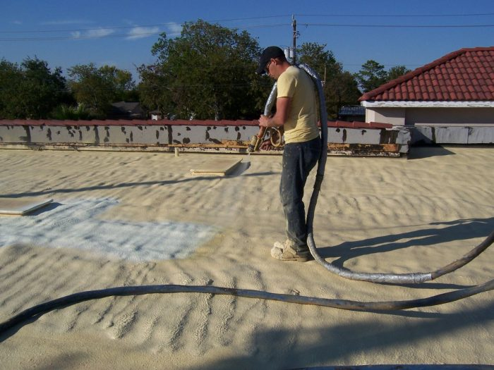 Roof Insulation Foaming by Spray technique