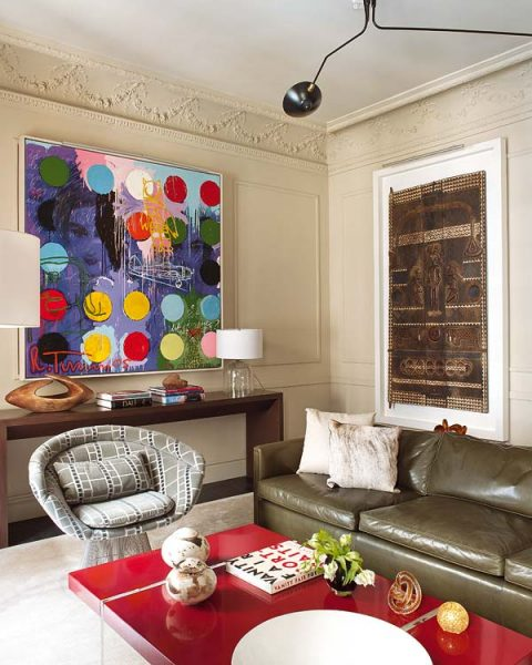 Artwork infuses color into this living room