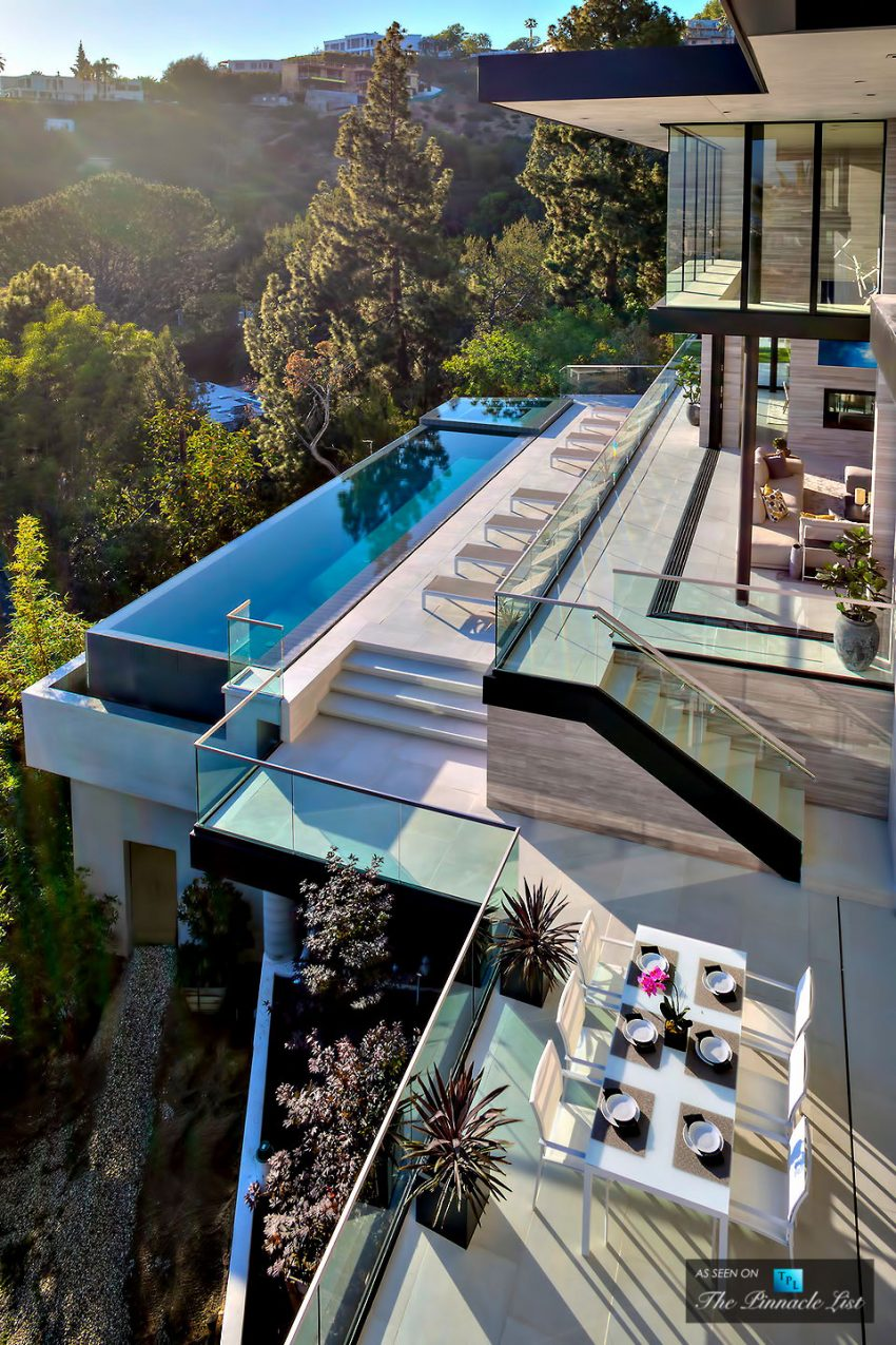 15 4 million luxury stunning residence for sale in los for Glass houses for sale in california