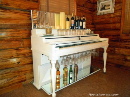 Upcycled! Piano turned into a cocktail bar. http://www.househoneys.com