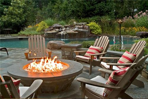 backyard-fireplace-and-pergolas-5