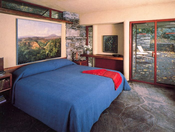 fallingwater master bedroom