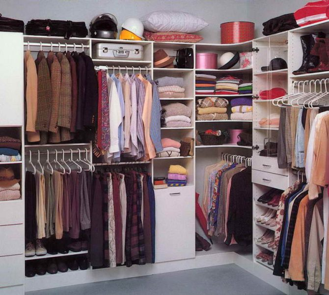 Use every corner of a small closet