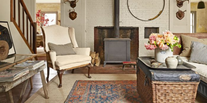 Trend alert: layered rugs (countryliving)
