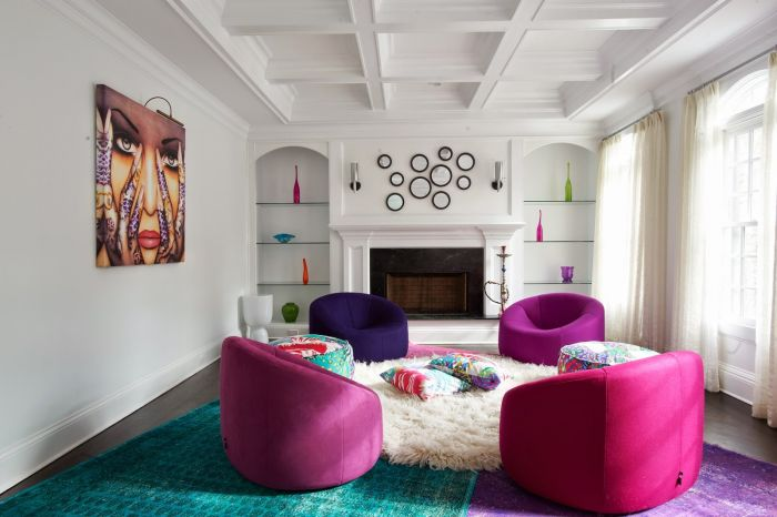 Lively color and modern seating make a comfortable spot (designstudiomk.com)
