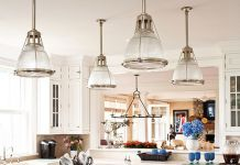 Various lighting shapes add interest to the kitchen (homeluf.com)