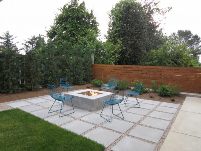 For the modern home, something simple is most appealing (patiodesign.info.com)
