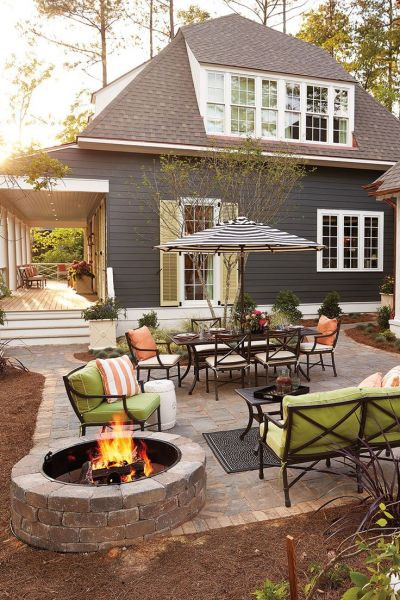 Create outdoor living spaces on the patio (theydesign.net)