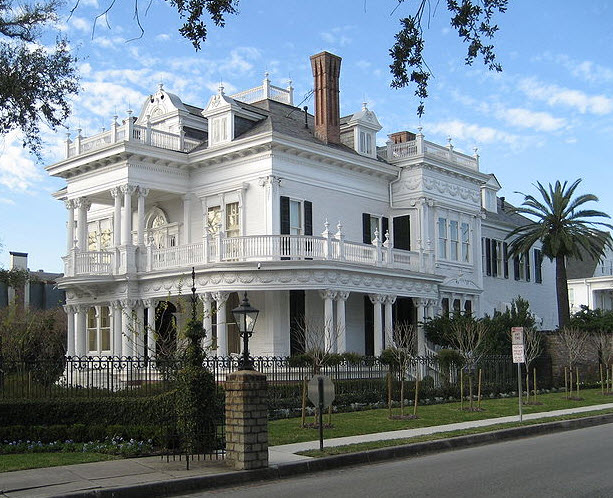 "The New Orleans Garden District home known as the ""Wedding Cake"" house (utahrepro.wordpress.com)"