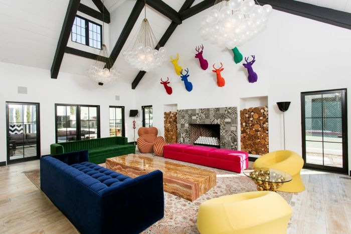 Make bold statements in your home (Zillow.com)